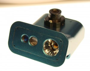 A windshield sensor system can now be inexpensively produced for medium-sized and small cars.