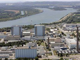 One person is dead and others injured after an explosion at the Marcoule nuclear site.
